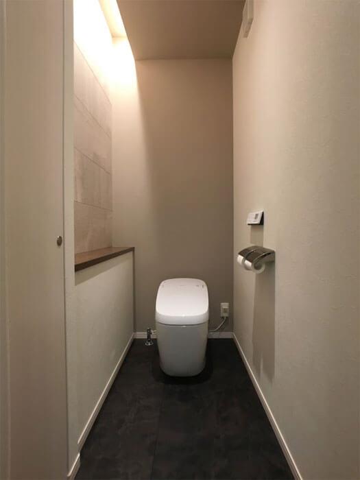 Web内覧会-1階トイレの中(全体)