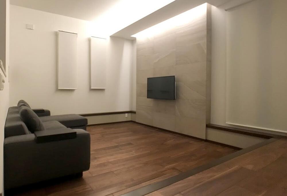 壁掛けTVと壁内配線6