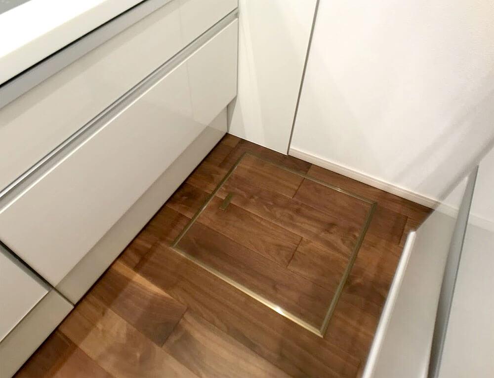 Web内覧会-キッチンの床下収納